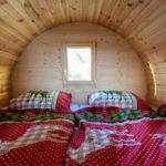 Cabina letto di una casetta-barile